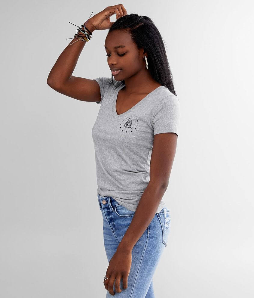 Distressed graphic heathered t-shirt Sleeve hit Bust measures 30\\\