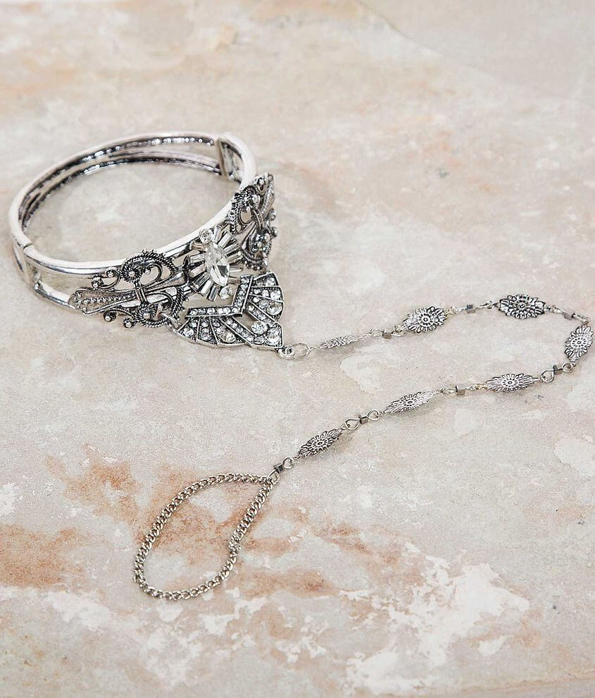 BKE Glitz Hand Jewelry front view