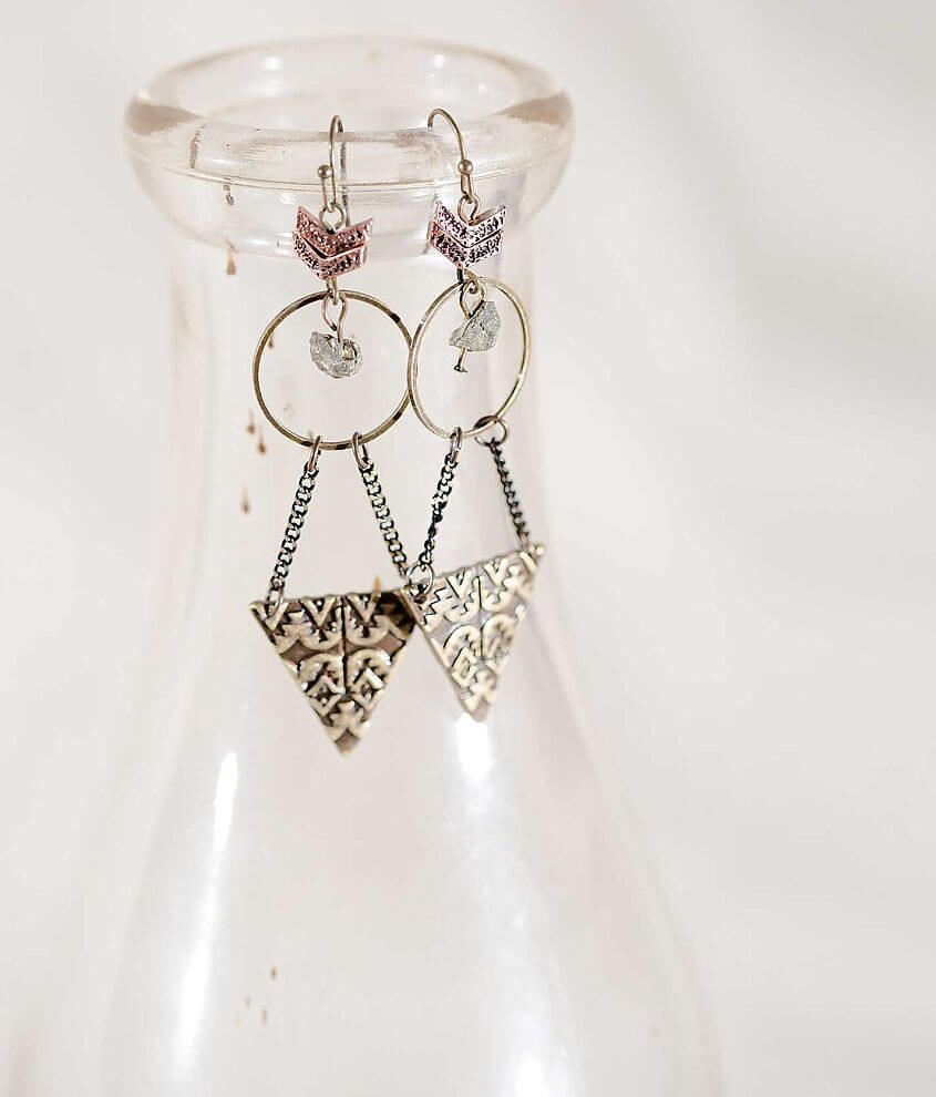 Gimmicks by BKE Arrow Earring front view