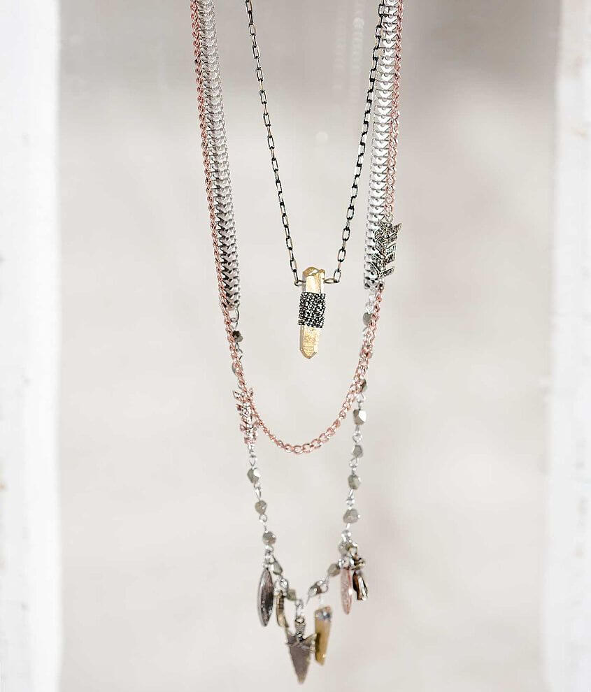 Gimmicks by BKE Arrow Necklace front view