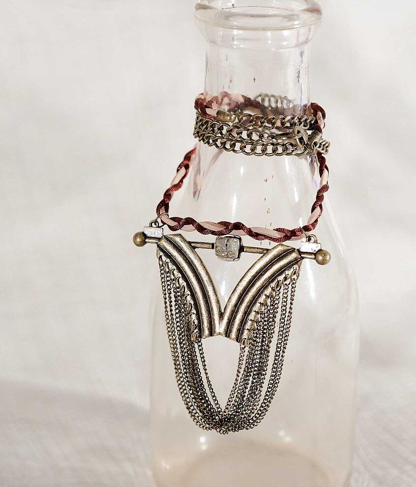 Gimmicks by BKE Chain Necklace front view