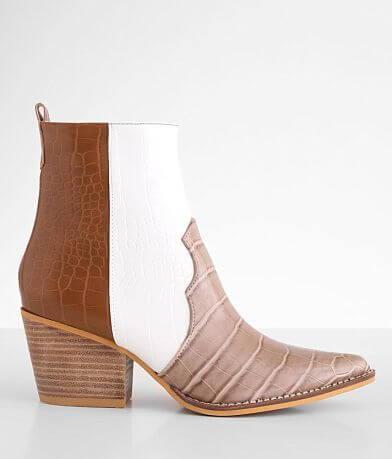 ARider Delite Crocodile Print Ankle Boot