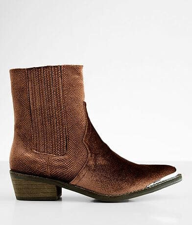 ARider Eagle Velvet Ankle Boot