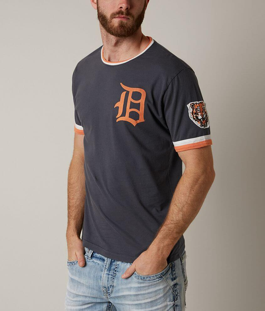 Red Jacket Detroit Tigers T-Shirt front view