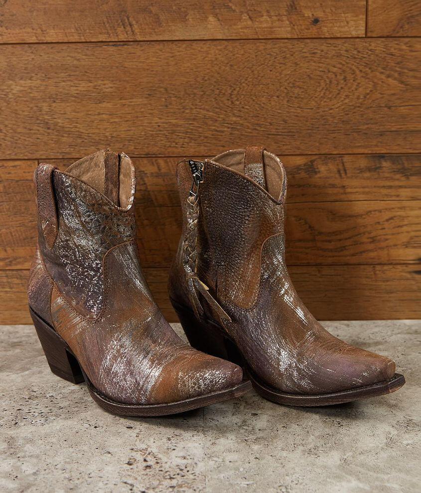 Distressed leather metallic splatter bootie 6\\\