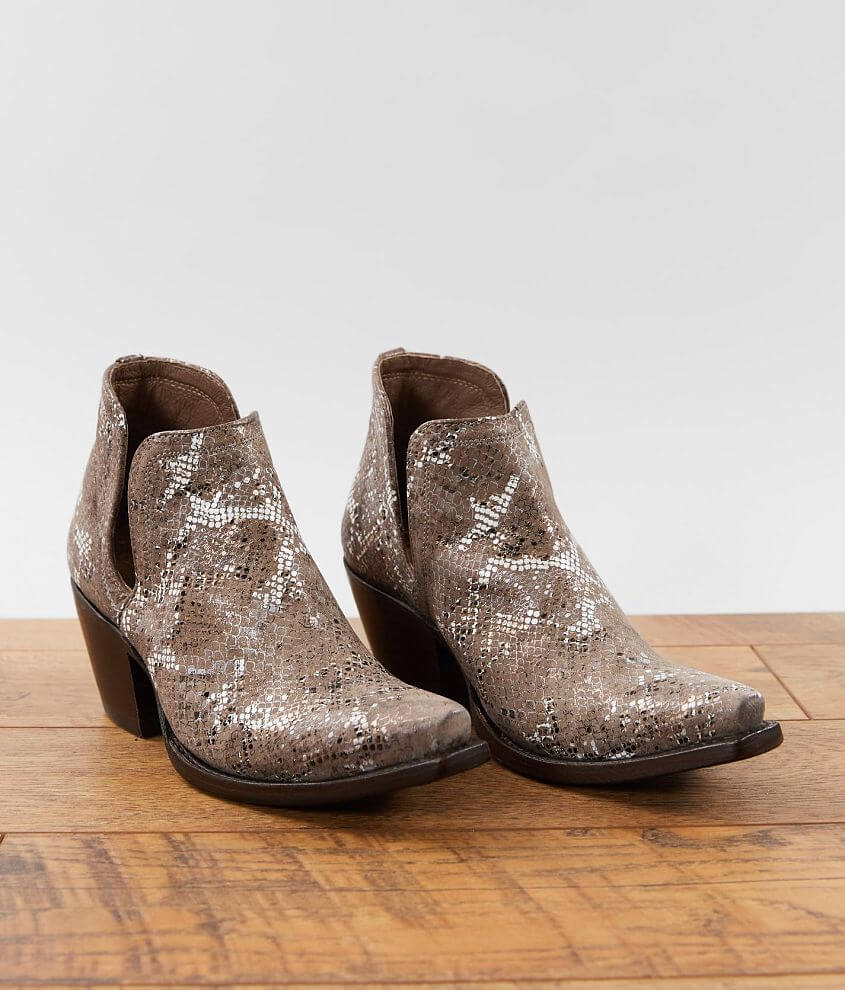 Ariat Dixon Leather Ankle Boot front view