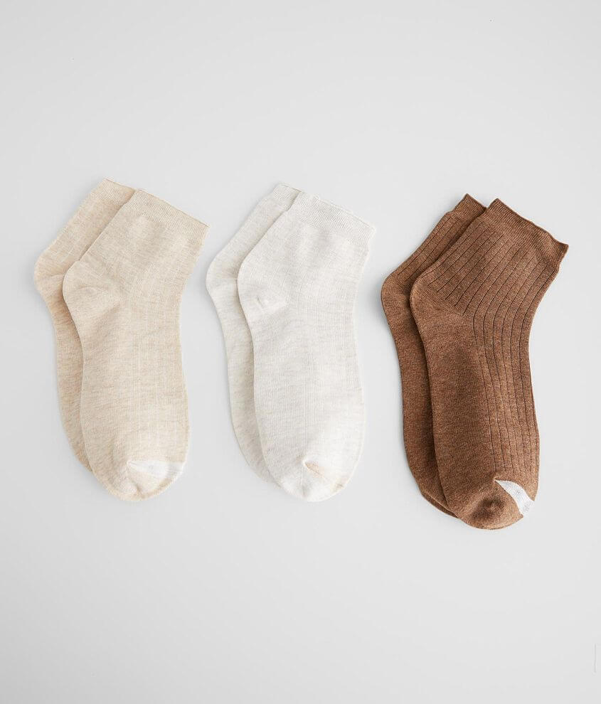 BKEssentials 3 Pack Quarter Height Socks front view