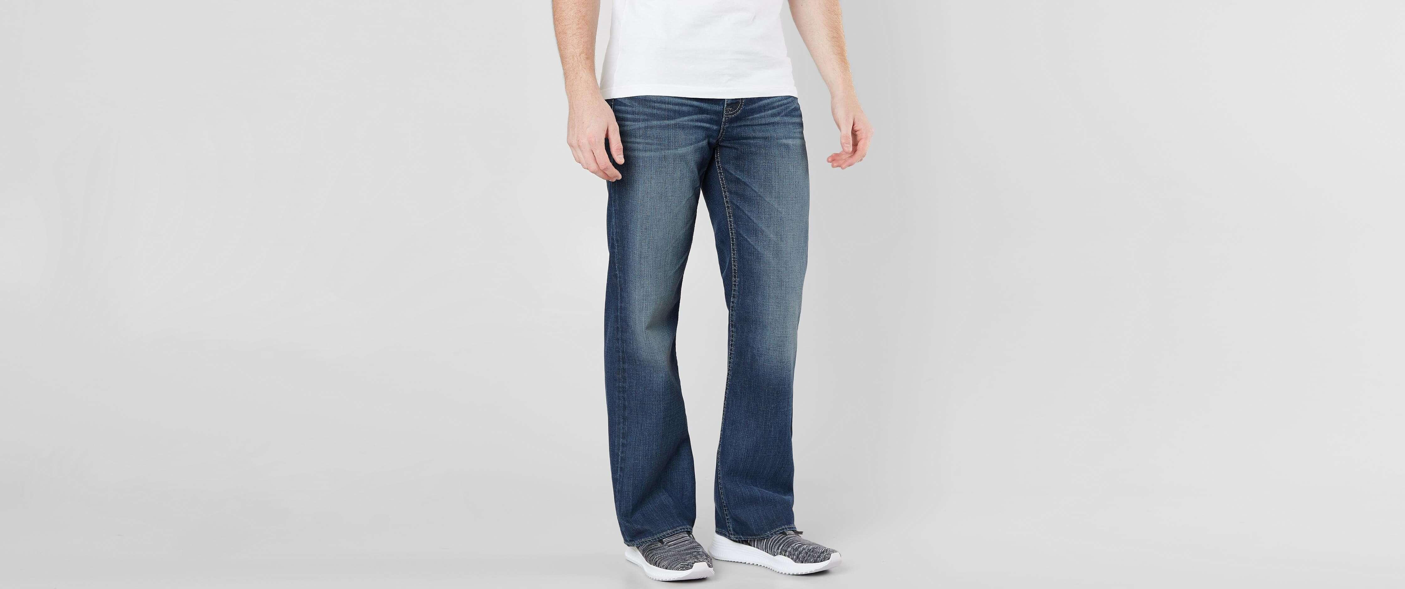 Black bbw in tight jeans triple bend