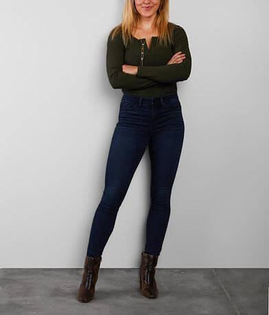 Buckle Black Curvy Mid-Rise Skinny Stretch Jean