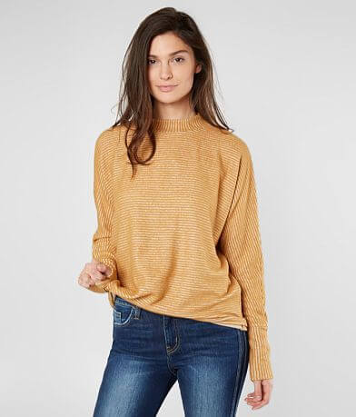 Daytrip Ribbed Fleece Top