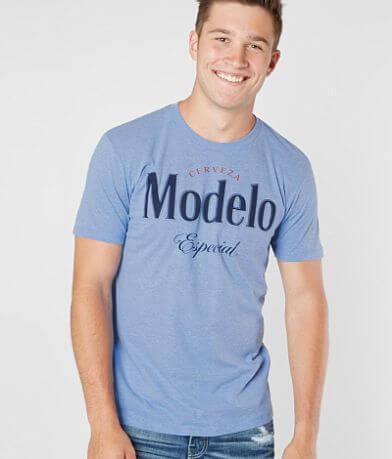 Modelo™ Especial T-Shirt