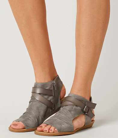 Blowfish Hooded Sandal