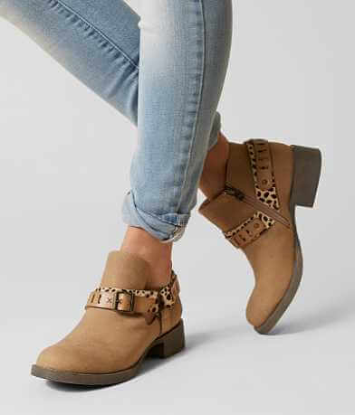Blowfish Kurve Ankle Boot