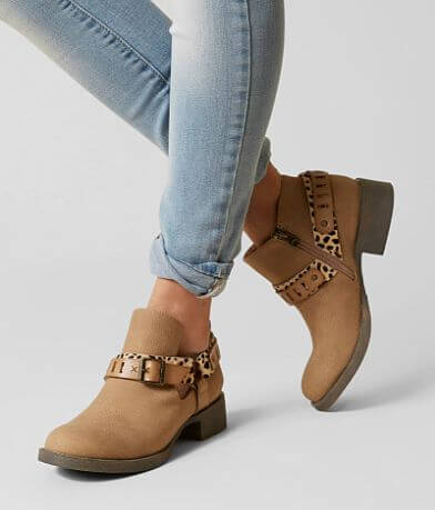 Blowfish Kurve Leather Ankle Boot