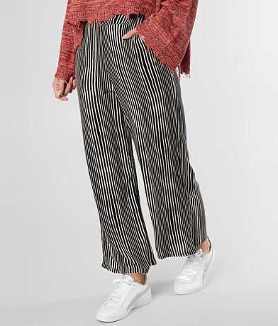 Billabong Cut Through Cropped Pant