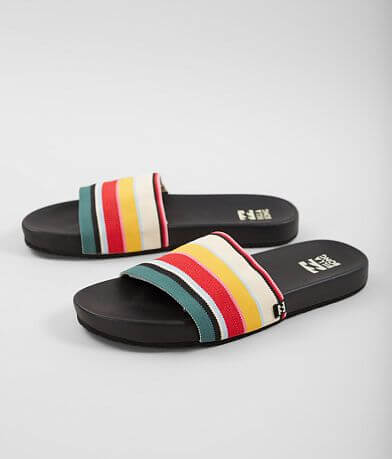Billabong Surf Retreat Slide