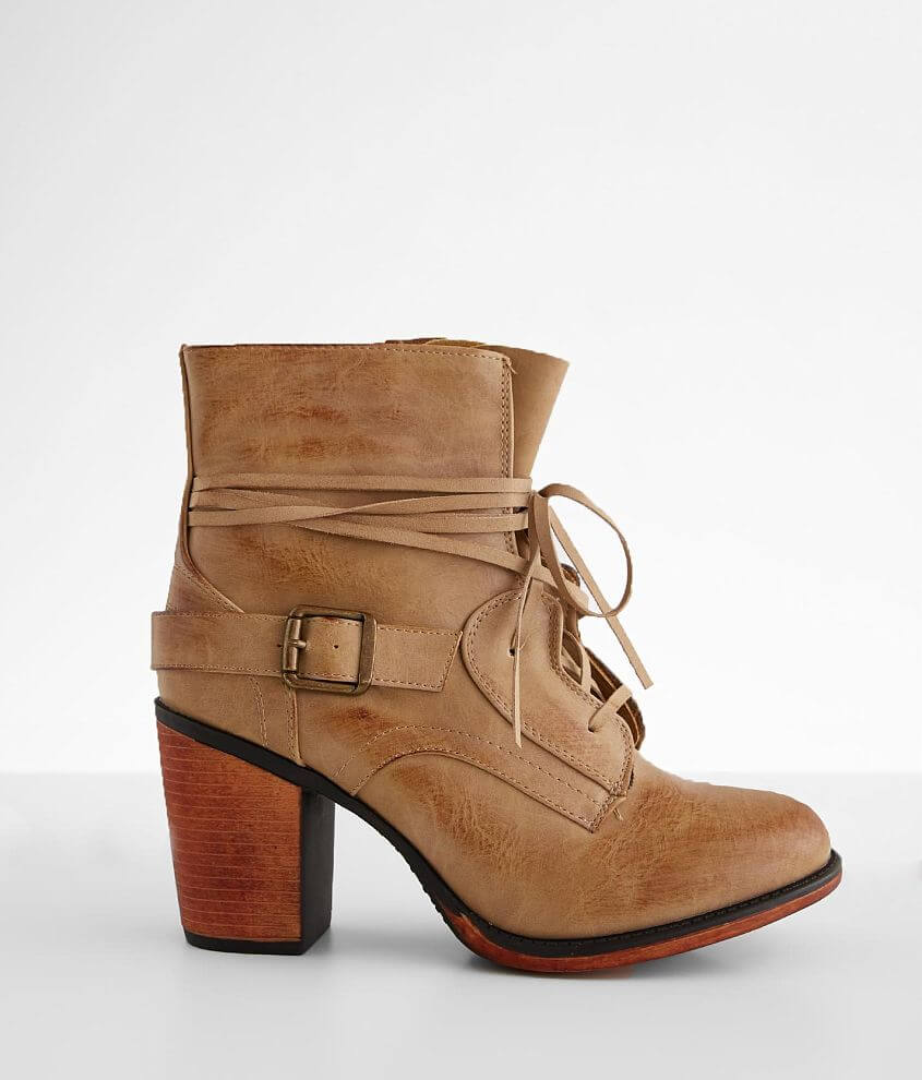Vintage 93 Bianca Ankle Boot front view