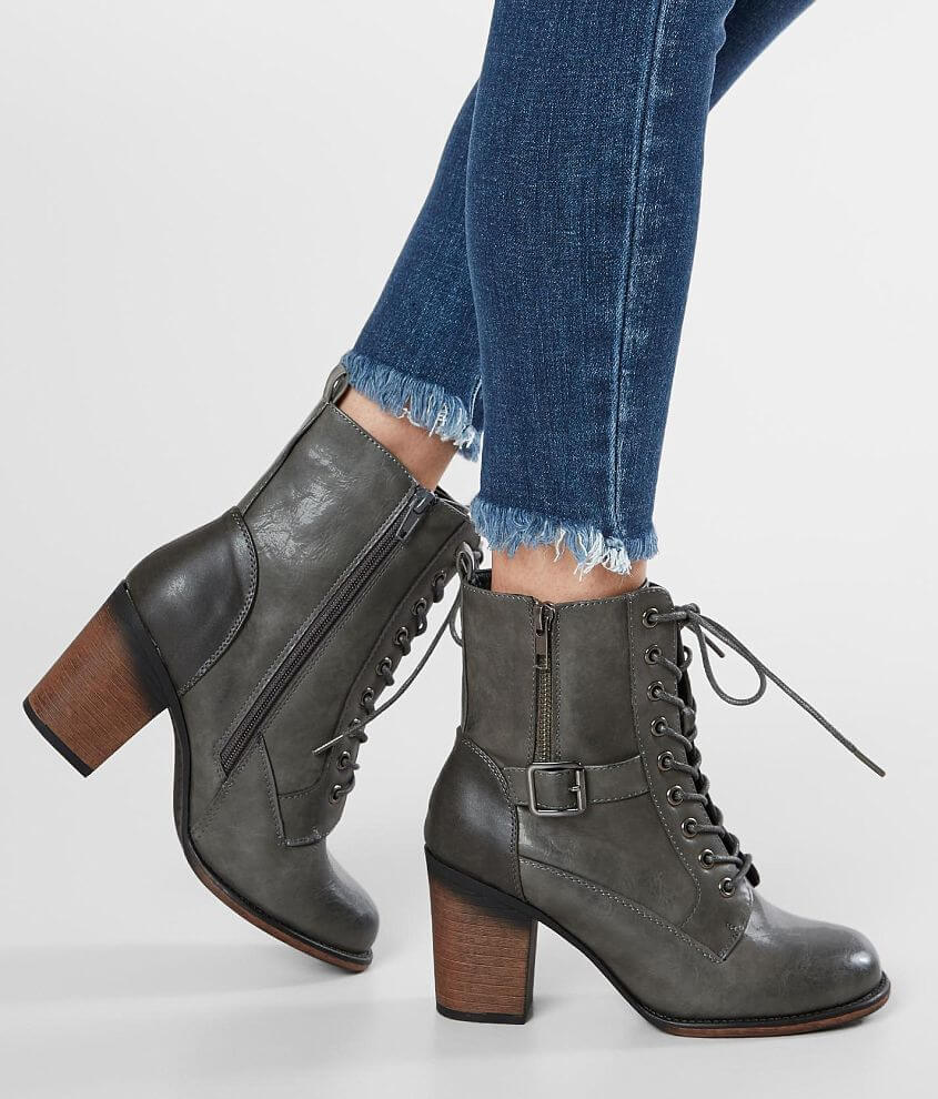 Vintage 93 Kylie Heeled Boot front view
