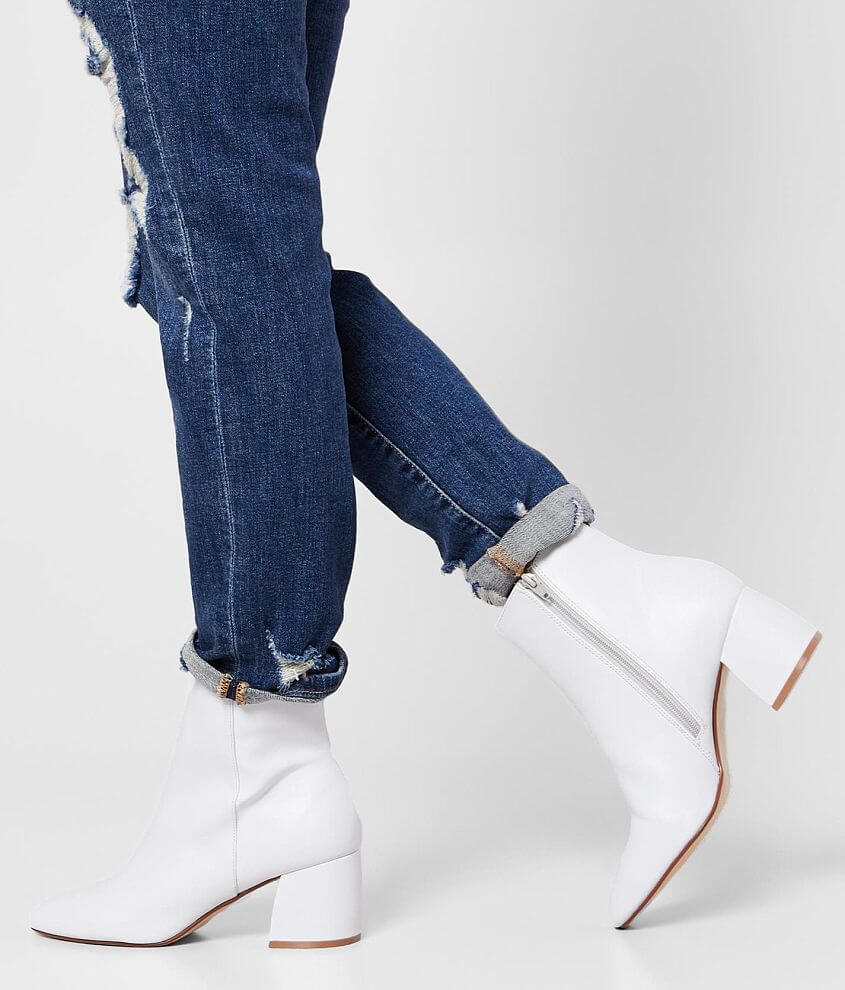 Chinese Laundry Davinna Ankle Boot front view