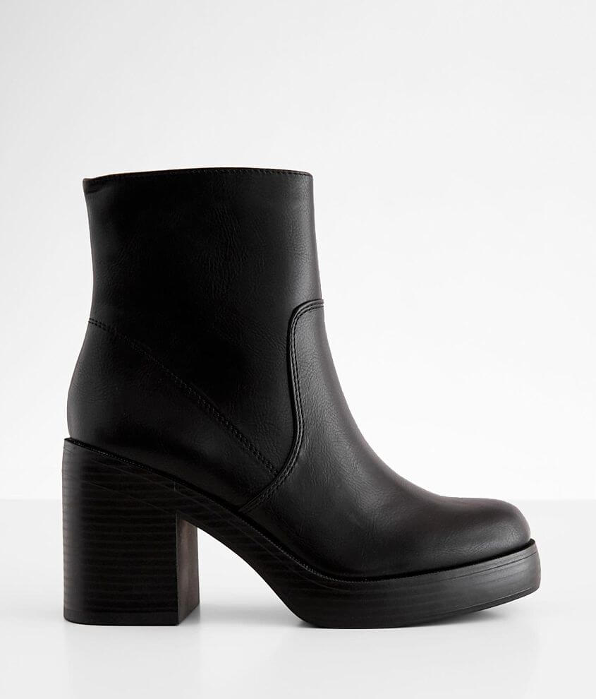 Dirty Laundry Groovy Ankle Boot front view