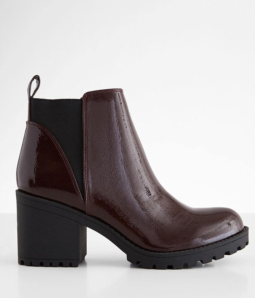 Dirty Laundry Lido Chelsea Ankle Boot front view