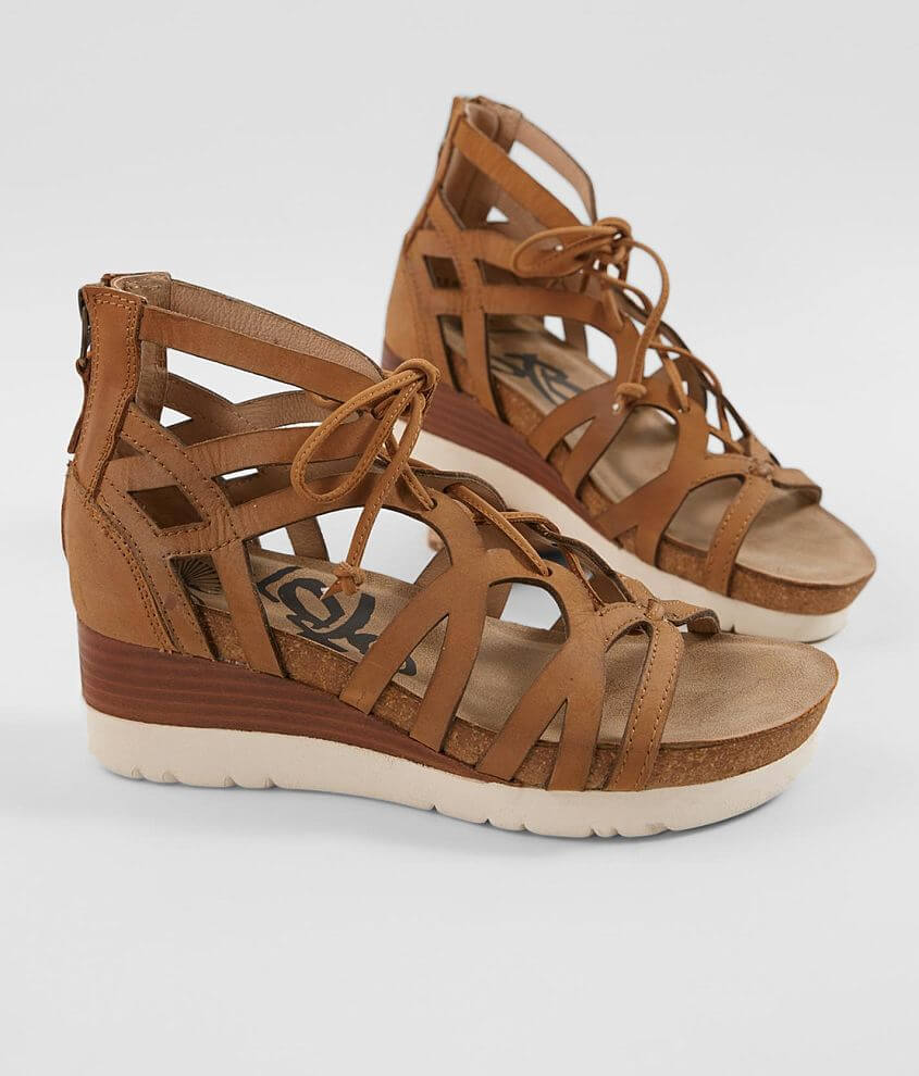 Strappy lace-up leather sandal Back zip detail 2\\\
