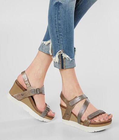 Off The Beaten Track Wavey Leather Wedge Sandal