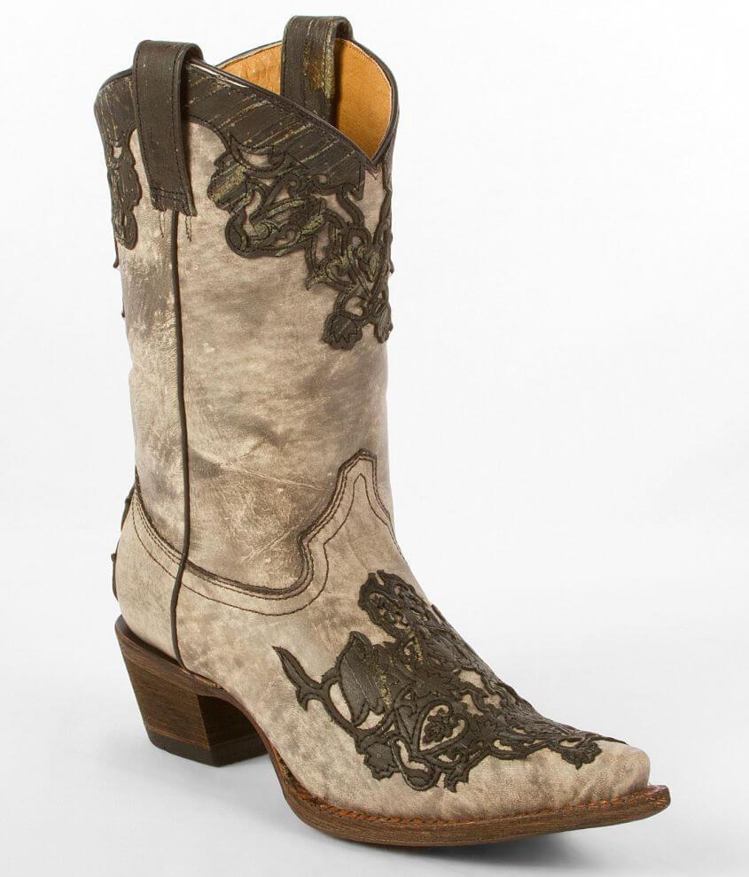 Corral Del Rio Cowboy Boot front view