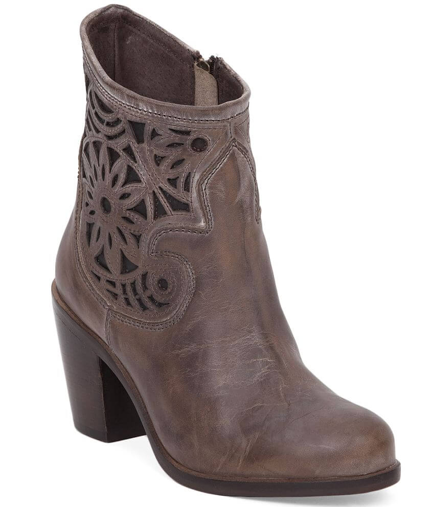 Corral Cut-Out Boot front view