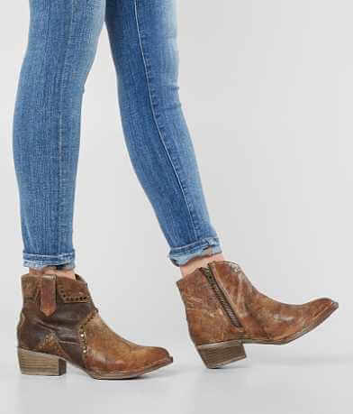 Circle G by Corral Star Ankle Boot