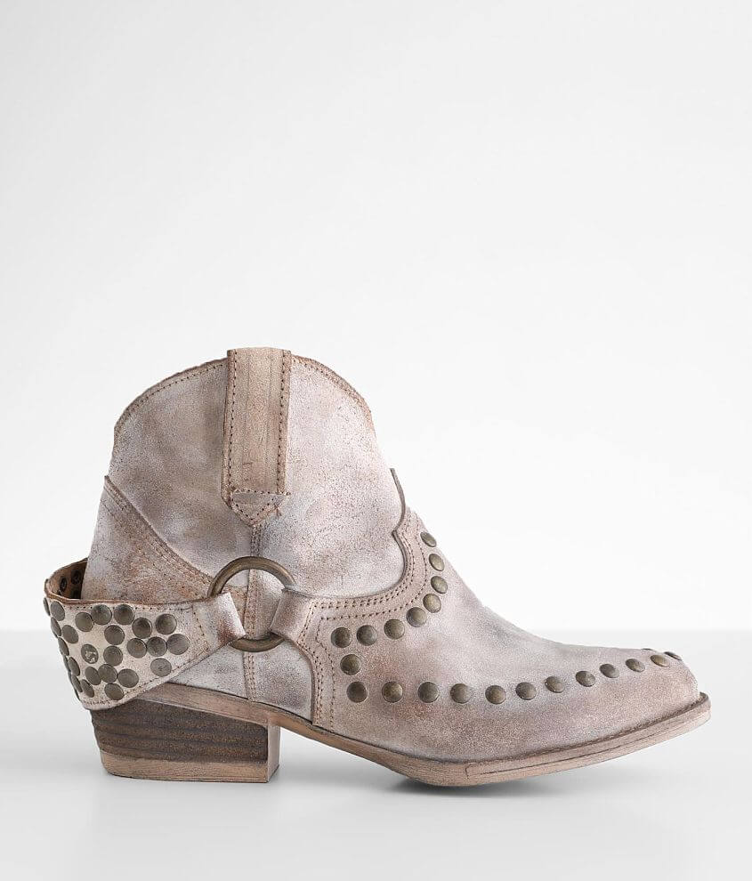 Circle G by Corral Studded Leather Western Boot front view