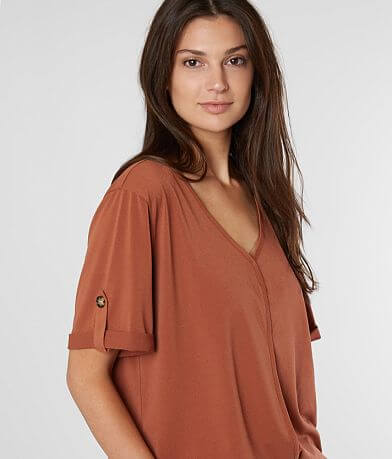 red by BKE Pieced V-Neck Top