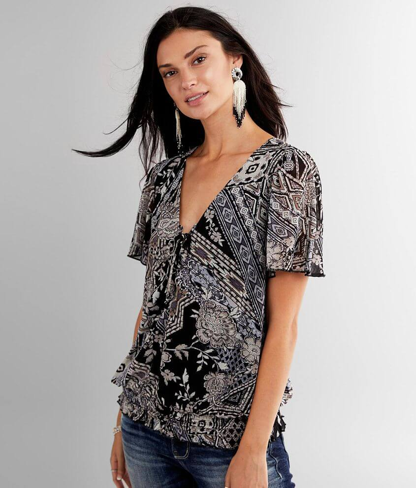 Lace-up lined top Smocked hem Bust measures 35\\\