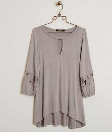 BKE Boutique Slub Fabric Top