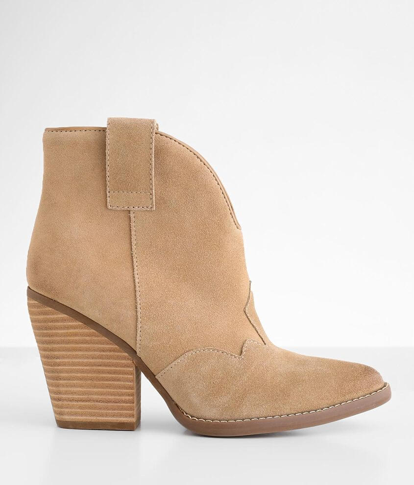 Dingo Flannie Western Leather Ankle Boot front view