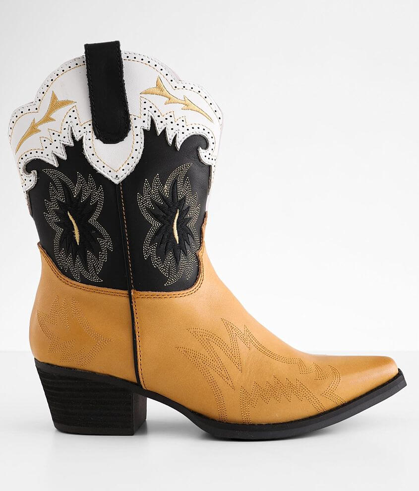 Dingo Tatiana Leather Western Ankle Boot front view