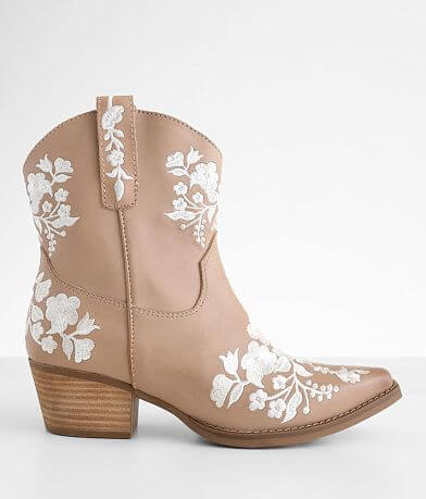 Dingo Take A Bow Western Leather Ankle Boot