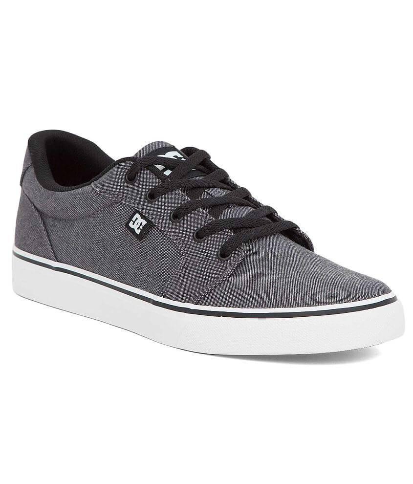 DC Shoes Anvil TX SE Shoe front view