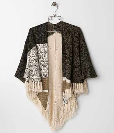 BKE Boutique Wallpaper Poncho