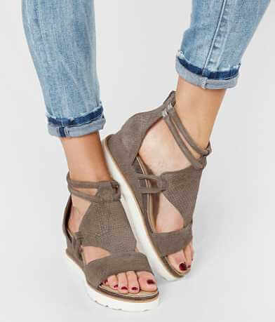 Diba True Green Clover Sandal