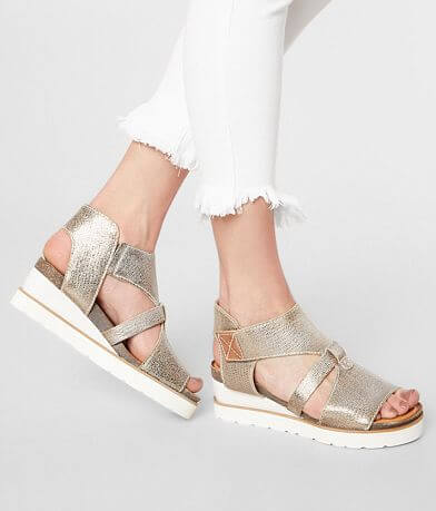 Diba True Greensburg Leather Wedge Sandal
