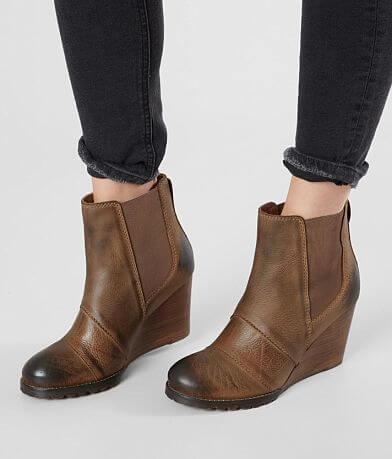 Diba True Bird Song Leather Wedge Boot