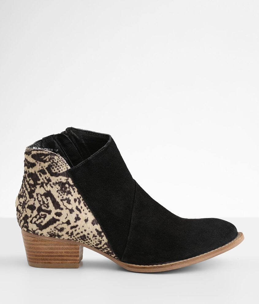 Diba True Seasons Leather Ankle Boot front view