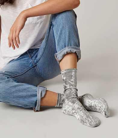 Daytrip Velvet Socks