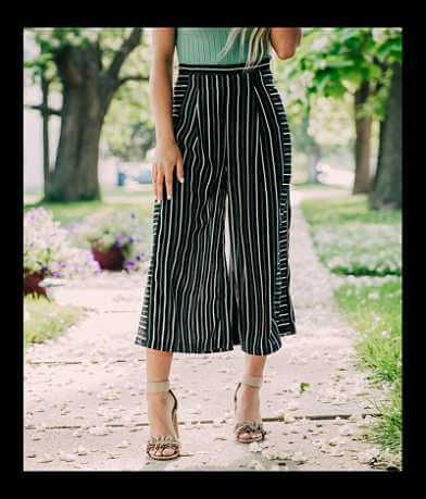Doe & Rae Striped Wide Leg Cropped Pant
