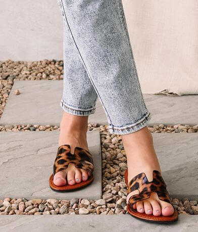 Qupid Athena Leopard Sandal