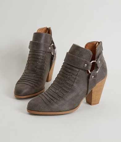 Qupid Nixon Shoe