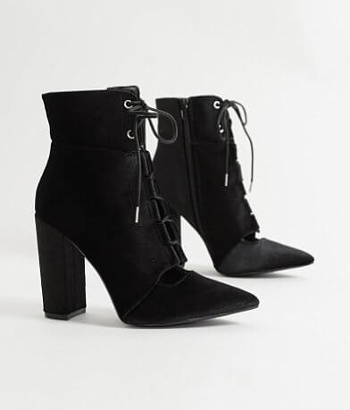 Qupid Signal Shoe