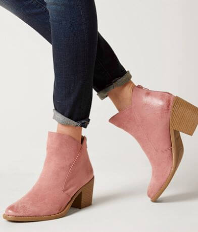 Qupid Tobin Ankle Boot