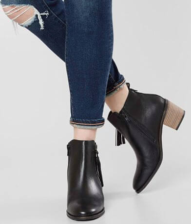 Crevo Autumn Tassel Leather Ankle Boot
